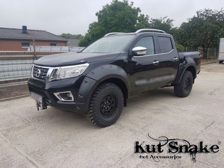 Kut Snake plastic fender flares Nissan Navara D23 NP300 for cars with AdBlue