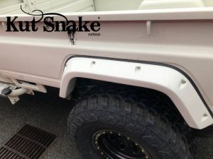 Kut Snake plastic fender flares Toyota Land Cruiser 79 Pick-up 2007->